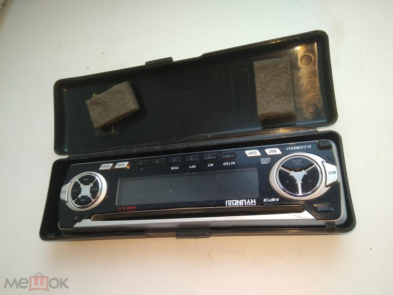 Панель автомагнитолы Hyundai в родной коробочке.