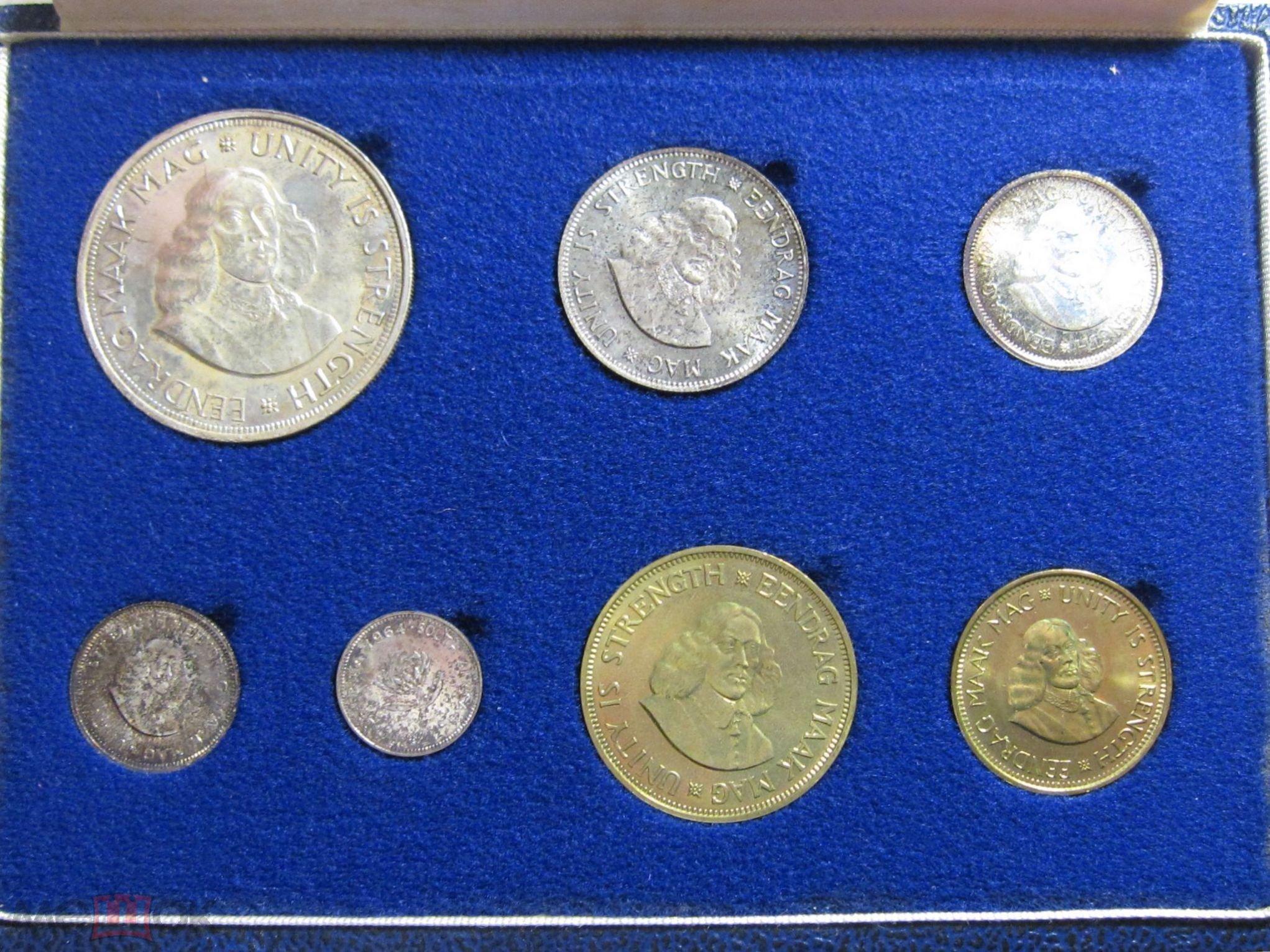 ЮАР набор 7 монет 1964 50,20,10,5,2 1/2 цента СЕРЕБРО 1,1/2 цента в футляре UNC!