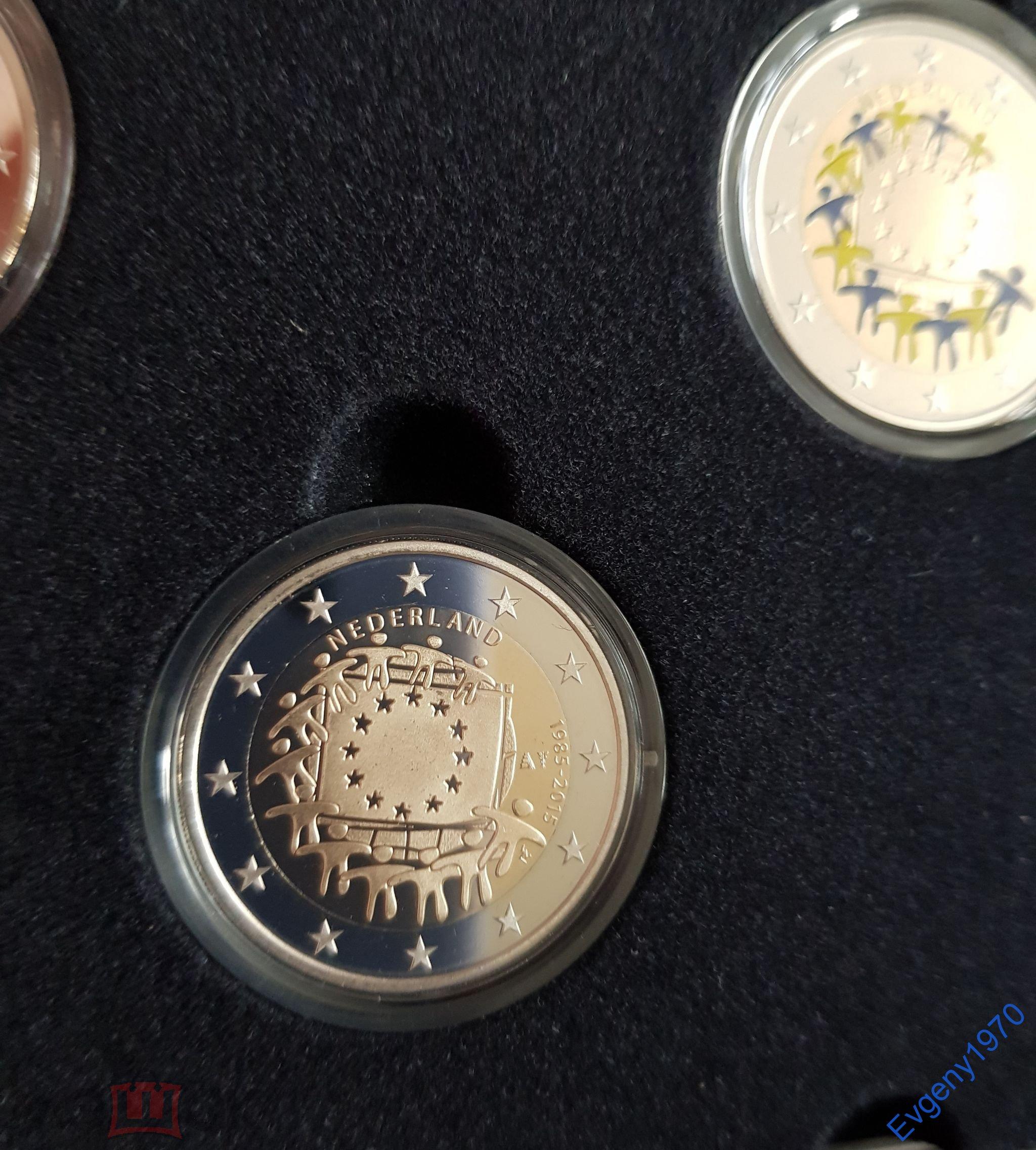 Нидерланды 4 x 2 евро монеты 2015 г 30 лет флагу. Пруф. Цветные + серебряные слитки. Тираж 1000шт.