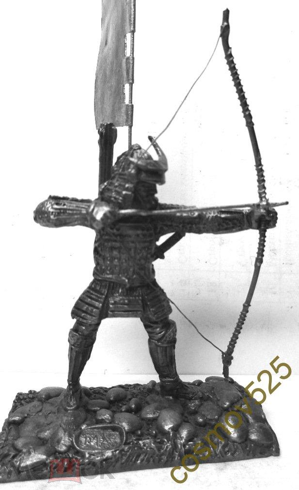 1/32 NI2008. Самурай с луком, XVI в.