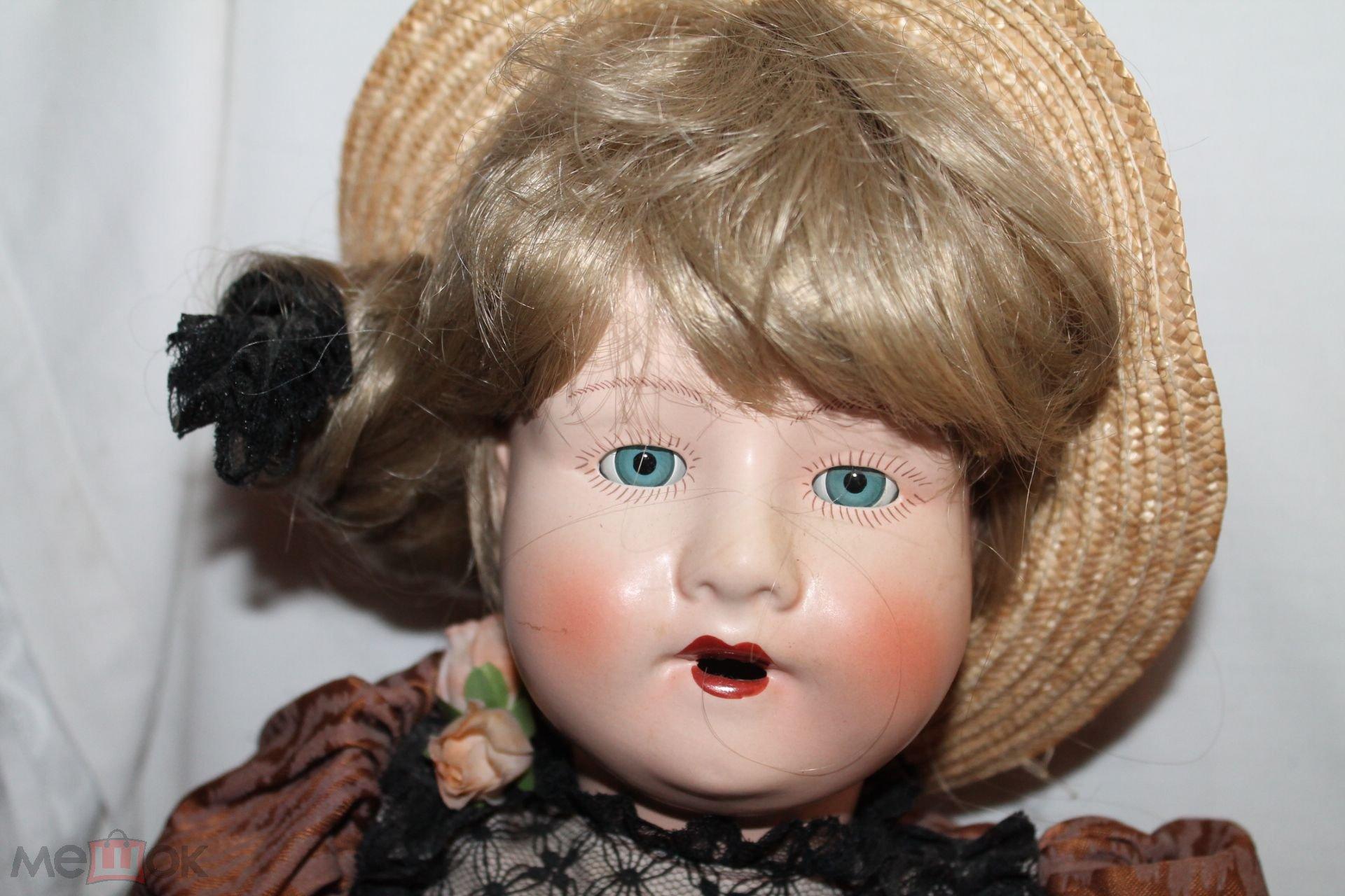 Коллекционная винтажная  фарфоровая! немецкая кукла GOTZ в оригинальной одежде