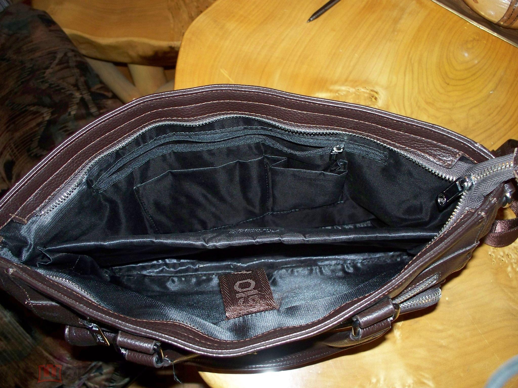 Мужская сумка Giorgio Armani Натуральная кожа.