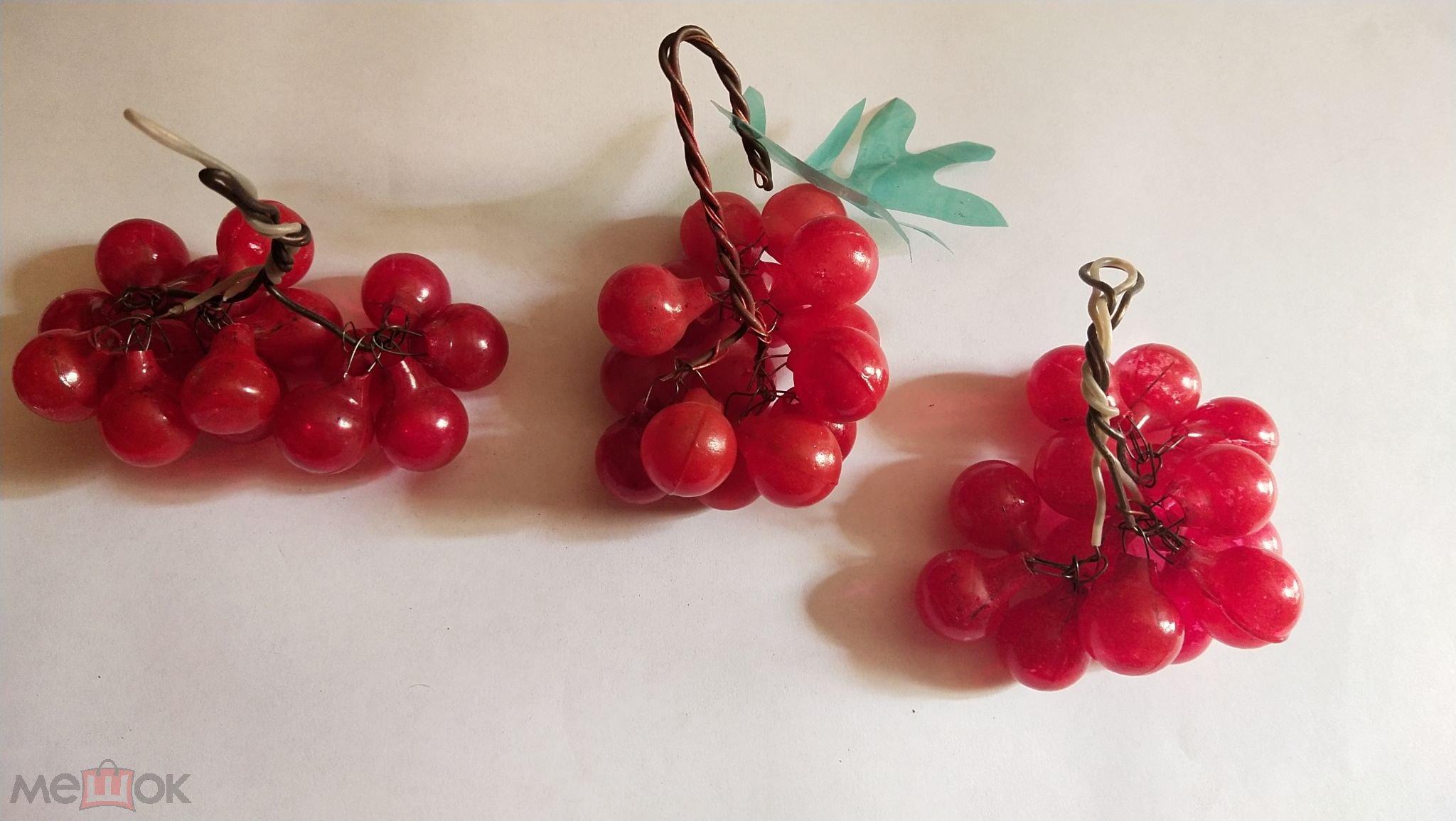 елочные  игрушки грозди рябины