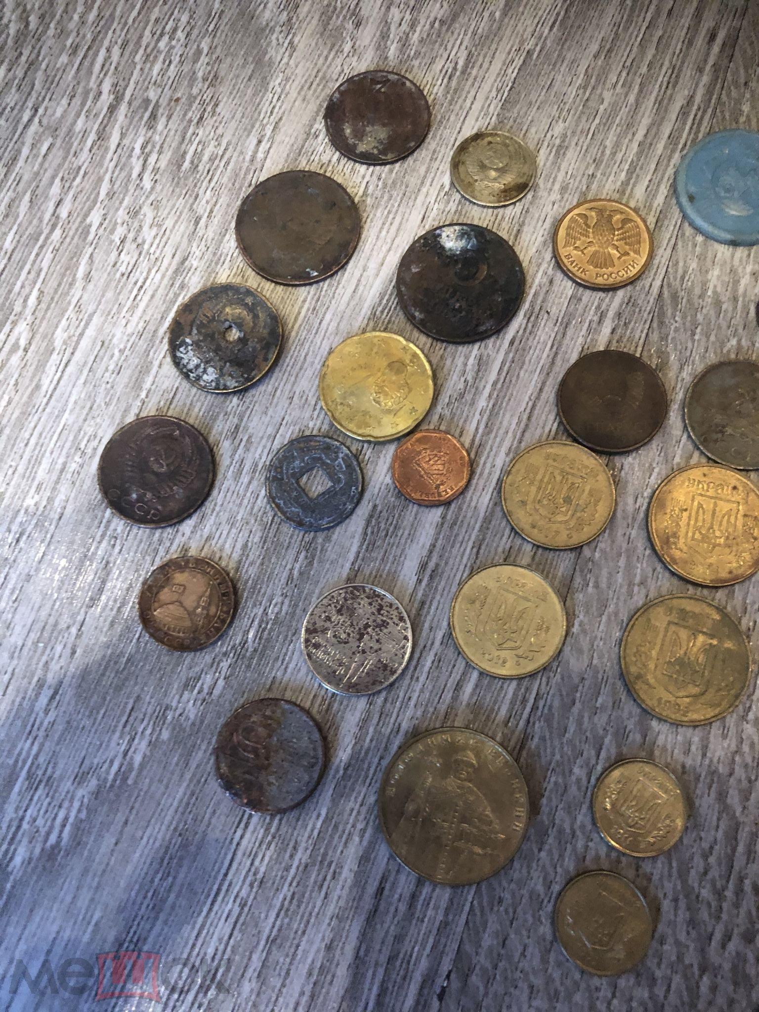 монеты и жетоны разных стран лотом