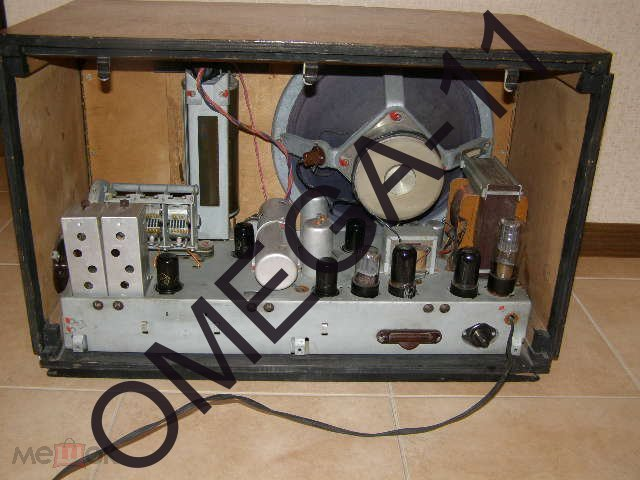 Радиоприёмник ламповый - *РИГА-10*. Рабочий. 1956г. СССР.