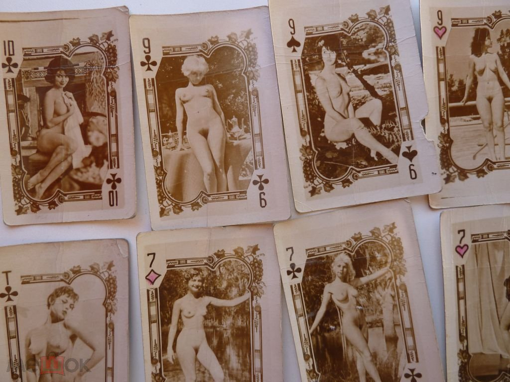 Teen classic nude playing cards short