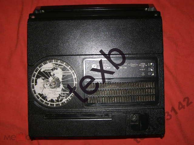 """Радиоприёмник - """"ОКЕАН-221"""". Со шнуром на 220 В. Рабочий. Времён СССР."""