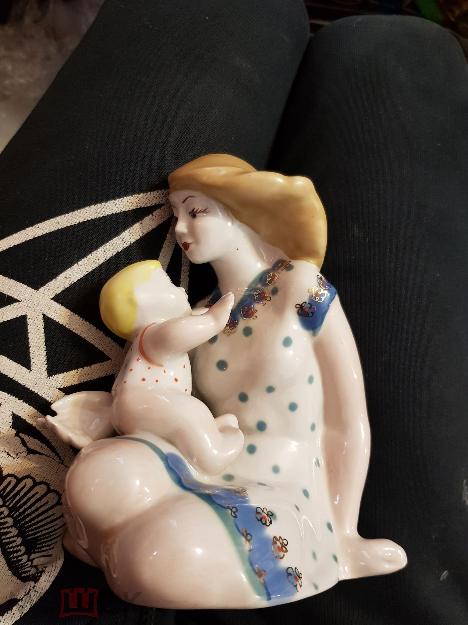 Материнство. Мать и дитя. ЗКХ Полонное. Старинный Советский фарфор.
