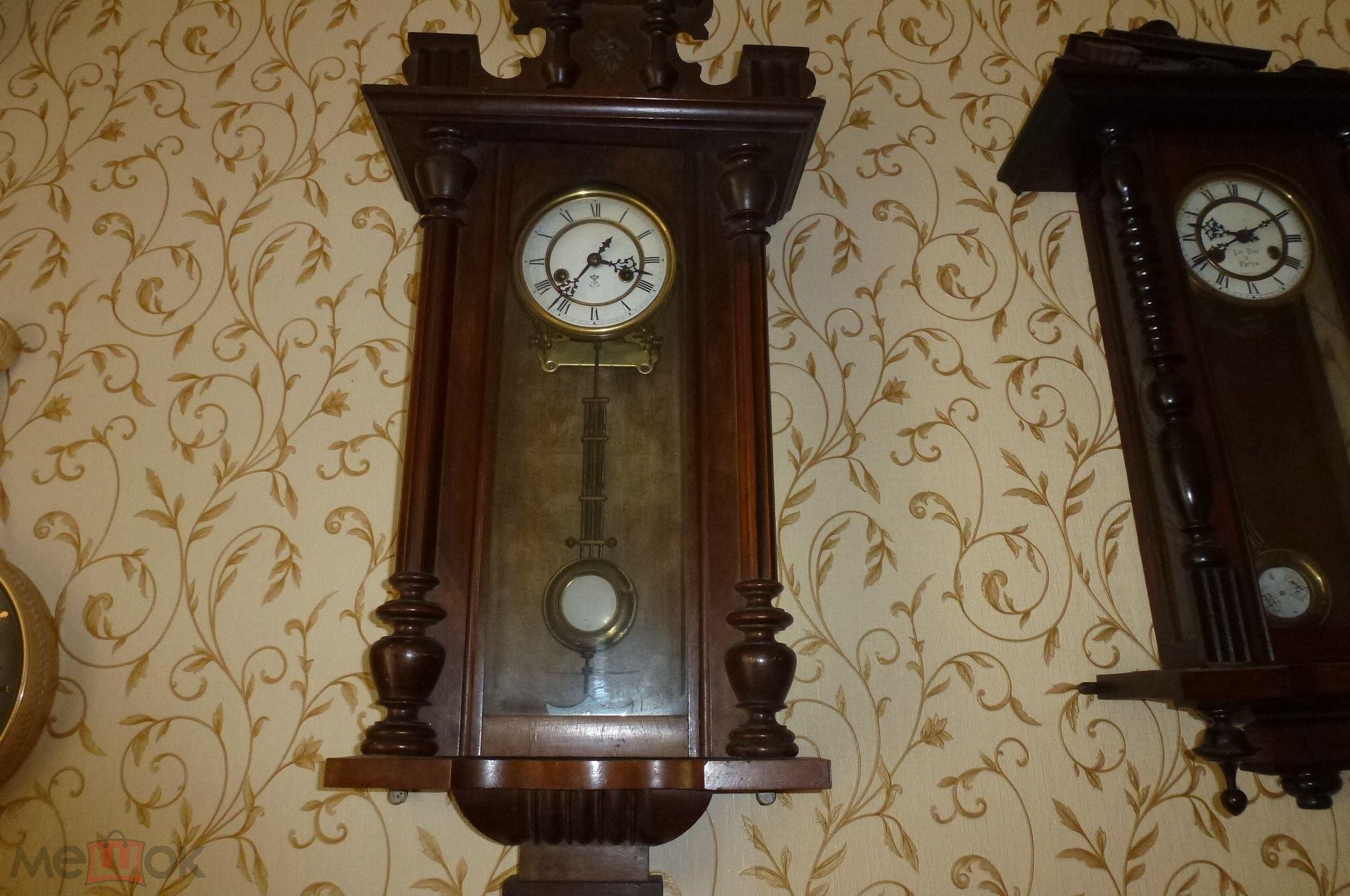 Оригинальными такие часы делают не только драгоценные металлы и фирменный знак компании, но и открытость некоторых элементов часов.