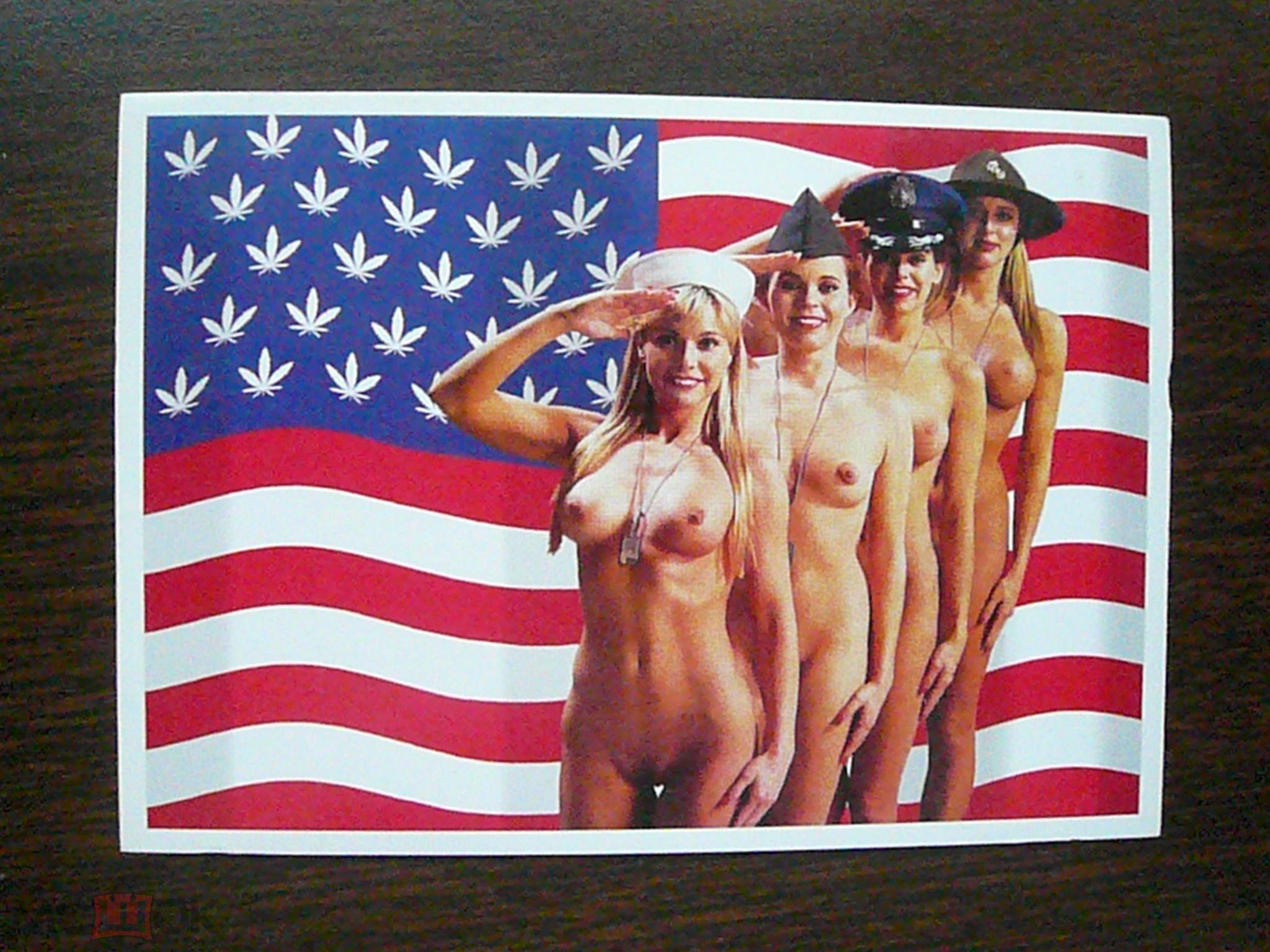 Девушки в армии ню, пихаем в пизду что попало фото