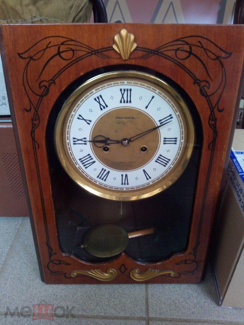 Предисловие: настенные часы с маятником состоят из разных компонентов.